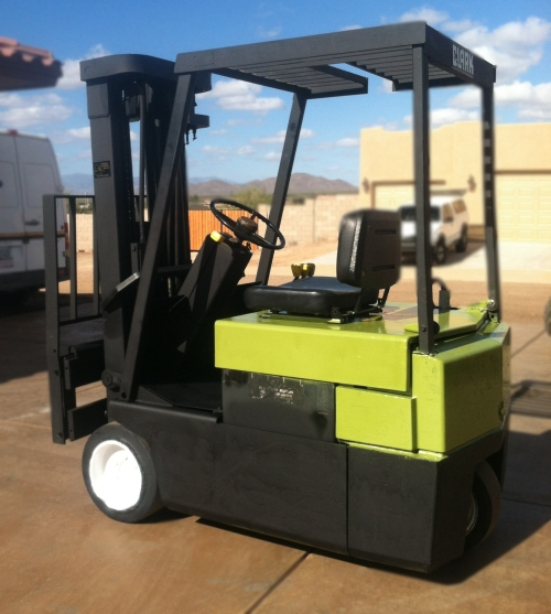Arizona Forklift Service and Sales - we treat our customers like family